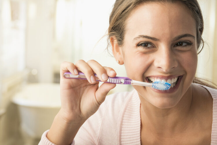 Как часто можно отбеливать зубы